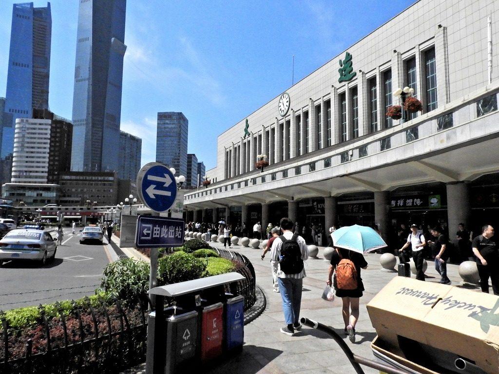 大連駅(上野駅を模して造られた)