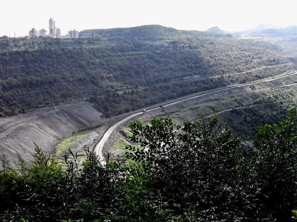 撫順炭鉱の露天掘り
